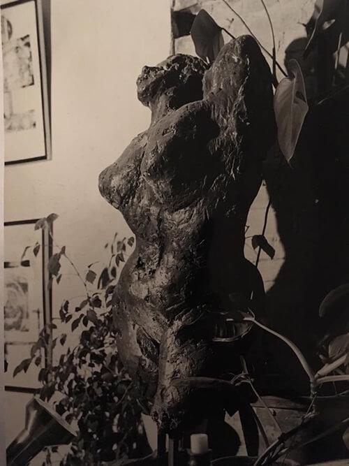 Vrouwenfiguur (Ger Jansen, begin jaren '60). Het model is waarschijnlijk 'Fientje', een vast model op de Vrije Academie.