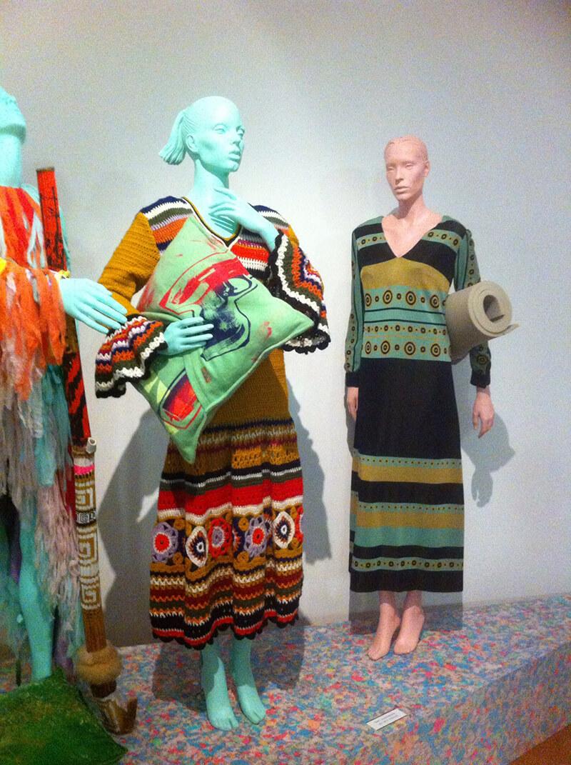Gehaakte maxi-jurken van Cargelli, 1969-1970 (Collectie Kunstmuseum Den Haag)