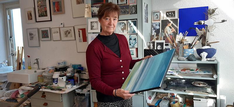 Cea Maat in haar atelier