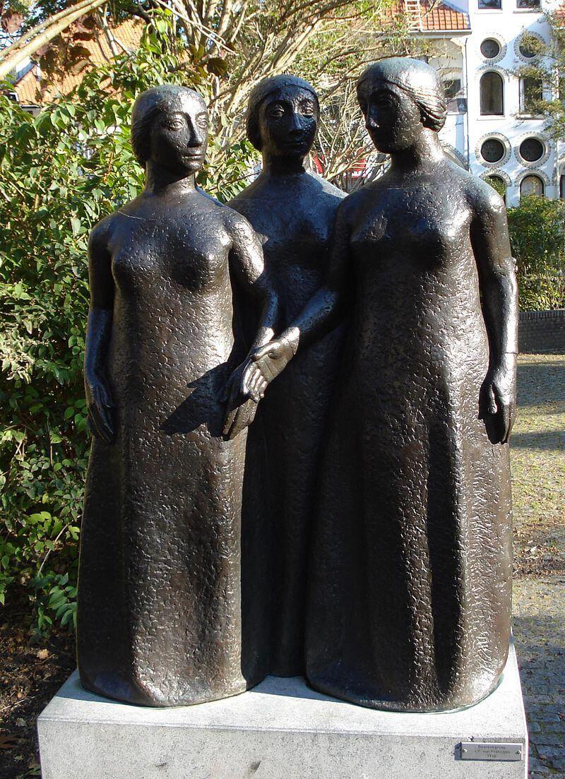 De drie gratiën (Joop van Kralingen)