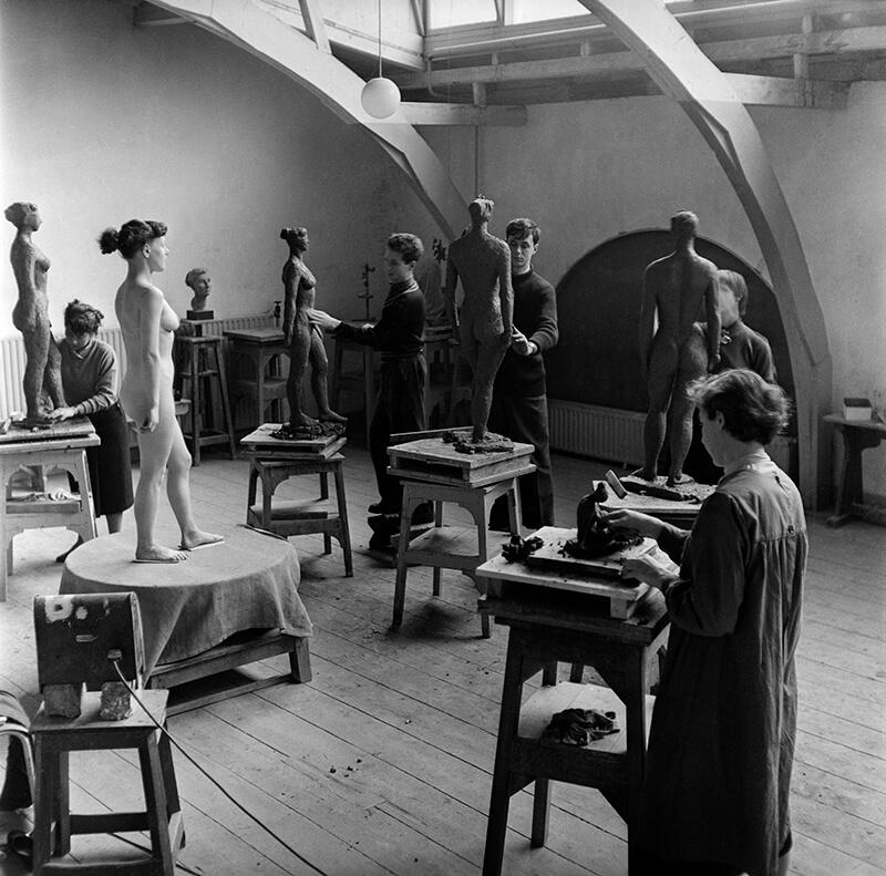 Boetseerzolder, ca 1950 (Ed van Wijk - Nederlands Fotomuseum)