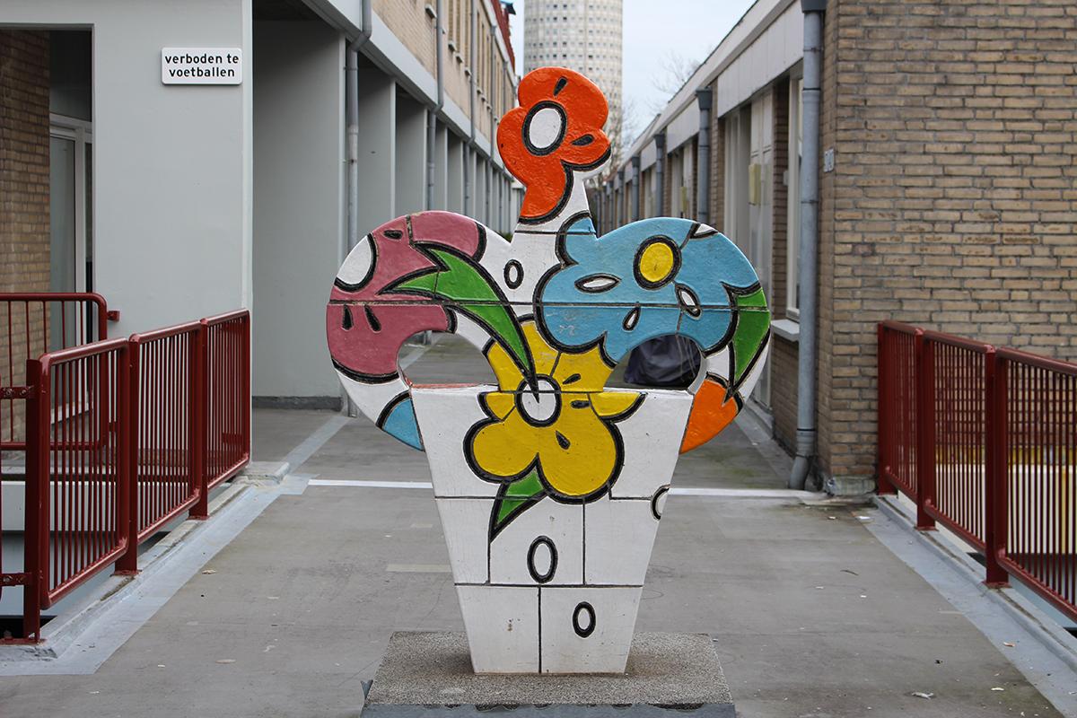 Bloemplastiek (Marijke van Os, 1988, Hekkelaan Den Haag)