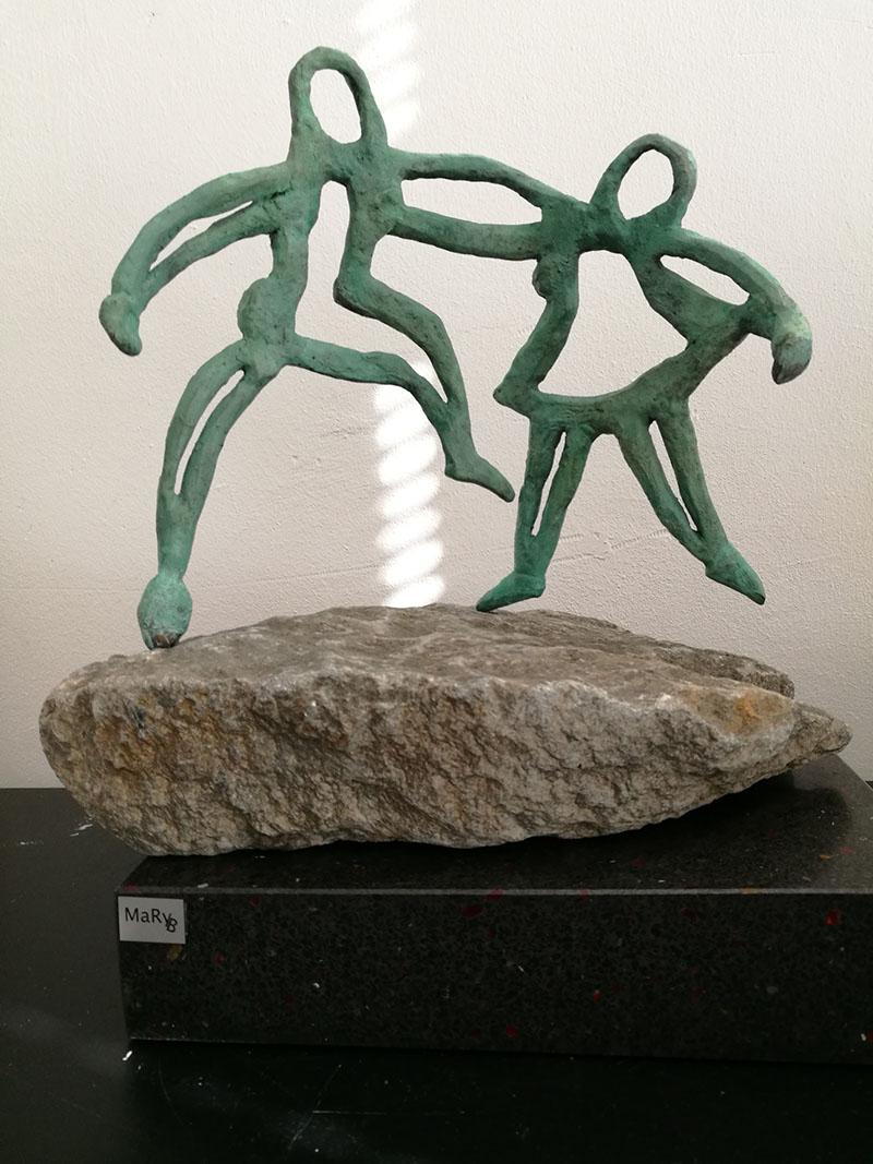 Twee figuurtjes (Mary Bezembinder)